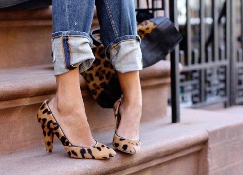 DEAR DIARY Mennyi cipőre is van szüksége a Nőnek? Style